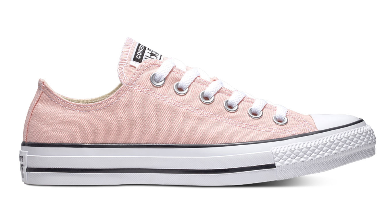06d2673f8dac Converse Chuck Taylor All Star Classic Low Top Storm Pink